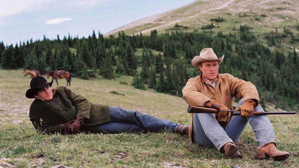 I segreti di Bokeback Mountain: Heath Ledger e Jake Gyllenhaal in una scena del film